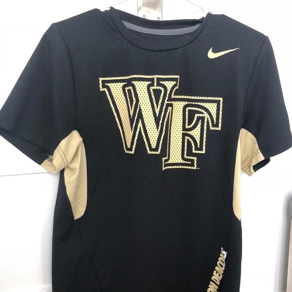 Multiple Sizes NEW Nike Wake Forest Demon Deacons Short Sleeve Shirt
